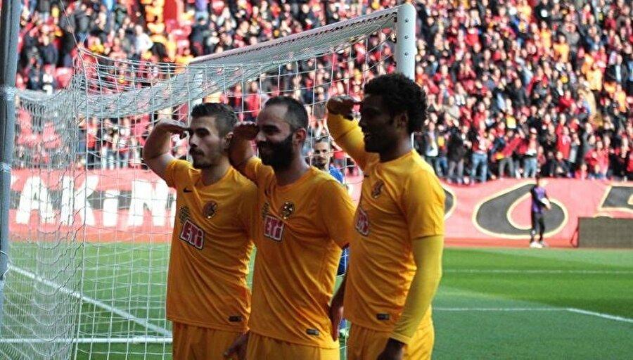 Yılmaz Vural, Giresunspor ile çıktığı ilk maçta 3-1 mağlup olarak şansız bir başlangıç yaptı.