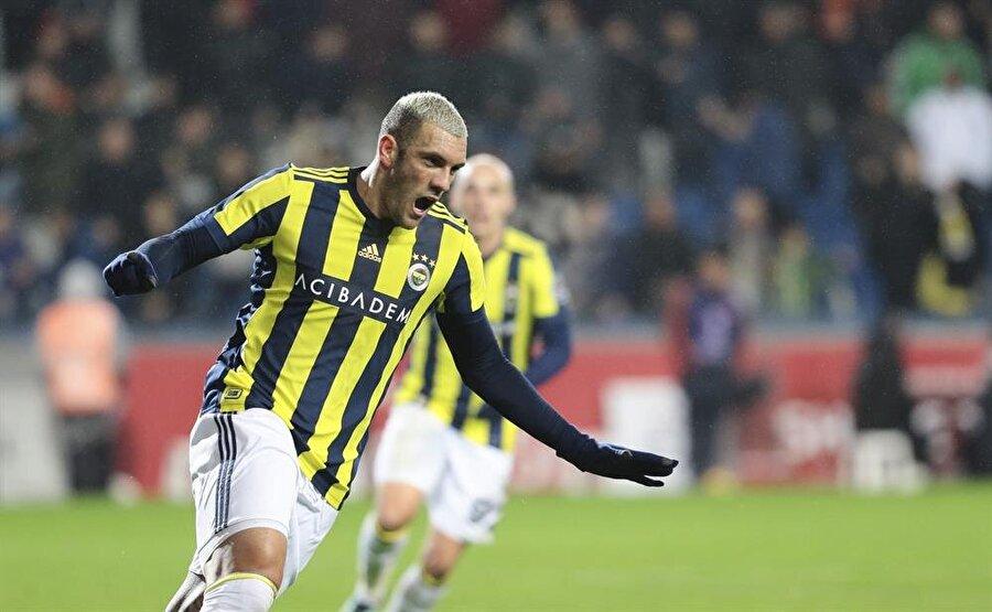 Başakşehir, 12 Mart 2016'dan sonra Süper Lig'de ilk kez evinde oynadığı bir maçtan mağlubiyetle ayrıldı.