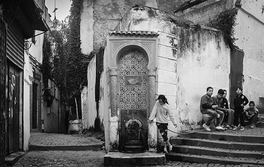 Kasbah'ın dar sokaklarına inşa edilen küçük Osmanlı evleri 19. yüzyılda Fransızlar tarafından yerle bir edilmişti.