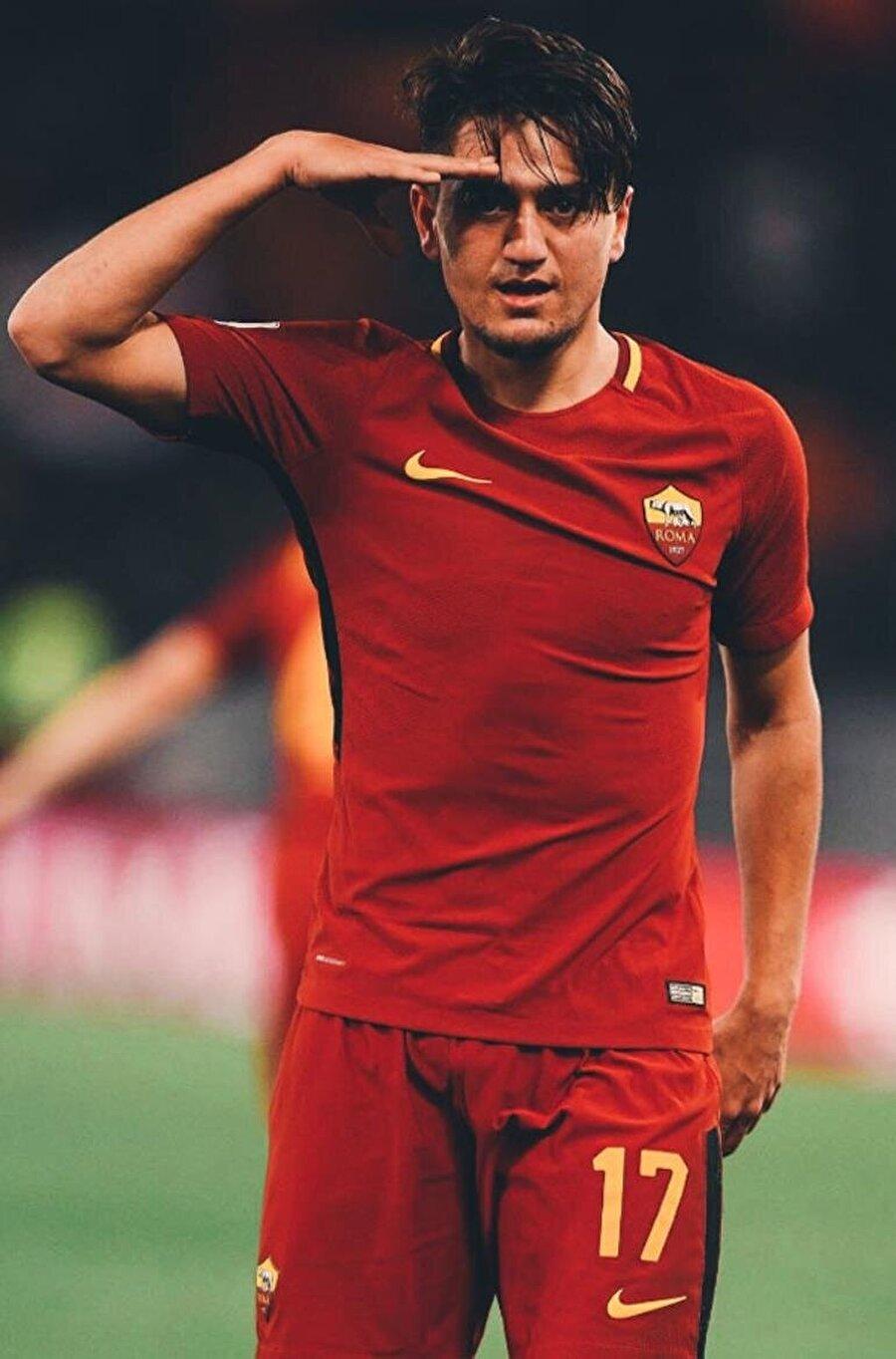 Cengiz hata sonu attığı gollerden sonra Mehmetçik için selam durdu.