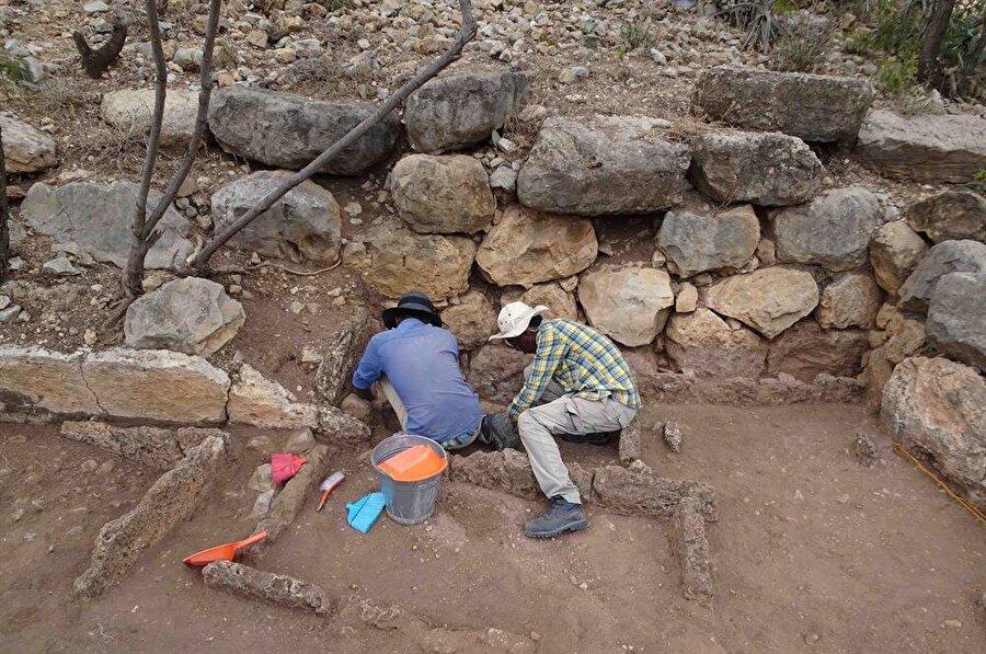 Bölgedeki kazı çalışmaları devam ediyor.