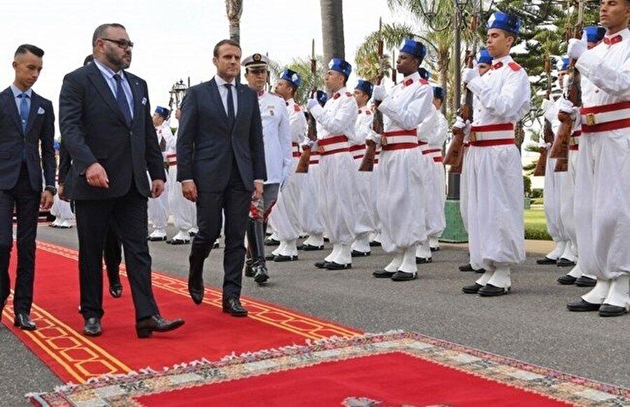 Fas Kralı VI. Muhammed'in Fransa Cumhurbaşkanı Emmanuel Macron'u kabulünden.