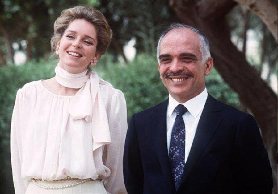Kral Hüseyin (1952-1999) ve Kraliçe Nur.