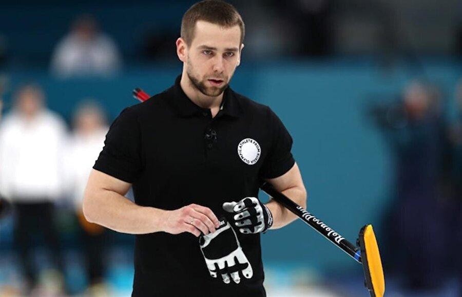 Krushelnitckii ve partneri Anastasia Bryzgalova bronz madalya kazanmıştı.
