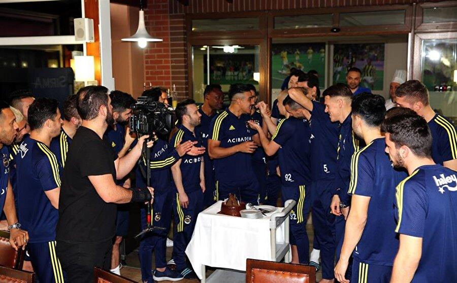 Fenerbahçe'nin Faslı futbolcusu 32 yaşına girdi.