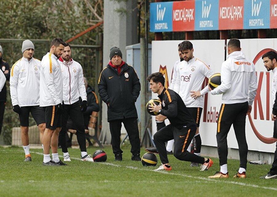 Galatasaraylı futbolcular bu uygulama sayesinde kendi verilerine ulaşabilecek. (Fotoğraf: İHA)