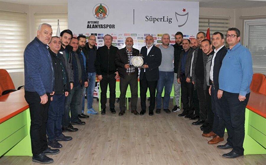 Alanyaspor, Hikmet Karaman'a teşekkür etti.
