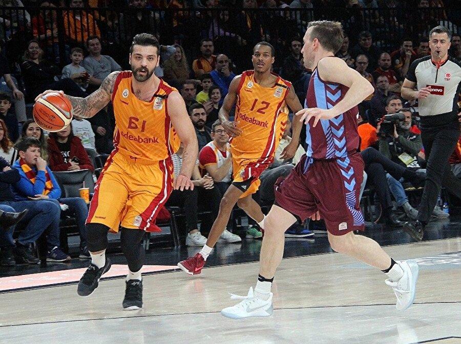 Galatasaray evinde önemli bir galibiyete imza attı.