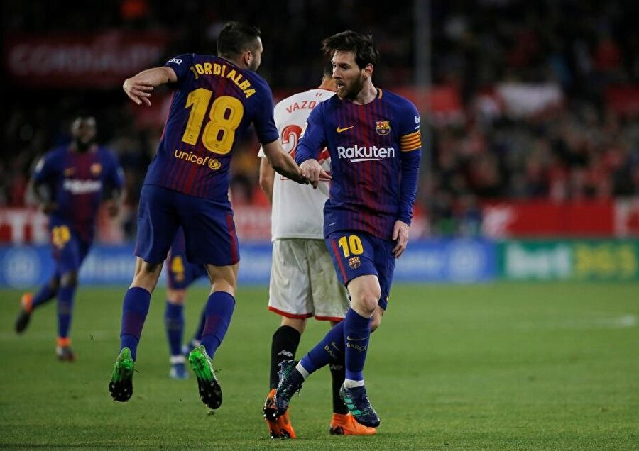 Messi attığı 2 golle farkını ortaya koydu.