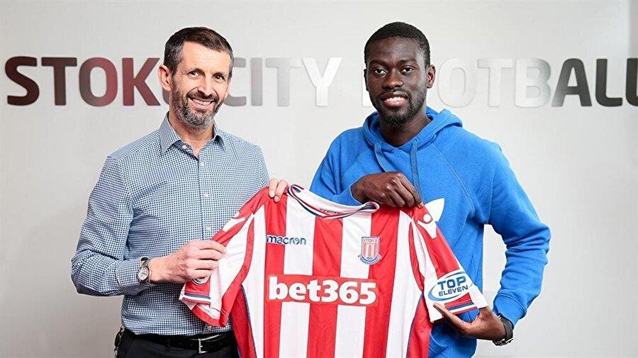 Ndiaye devre arasında büyük umutlarla Stoke City'e transfer oldu.