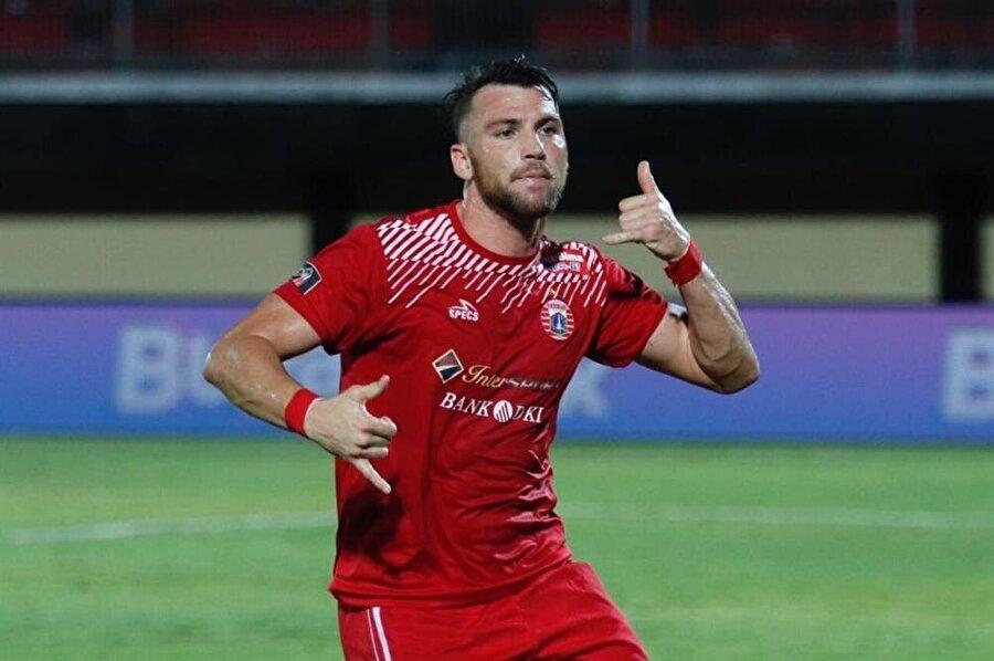 Haberde Beşiktaş'ın yanı sıra Malezya ligi takımlarından Johor Darul Ta'zim'in de oyuncuyu istediği öne sürüldü.