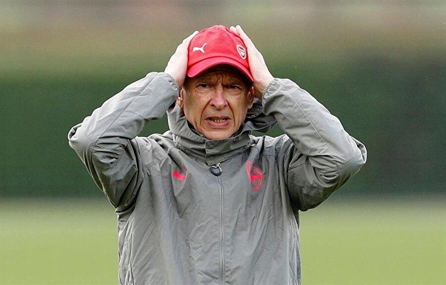 22 yıllık Wenger dönemi sona erdi.