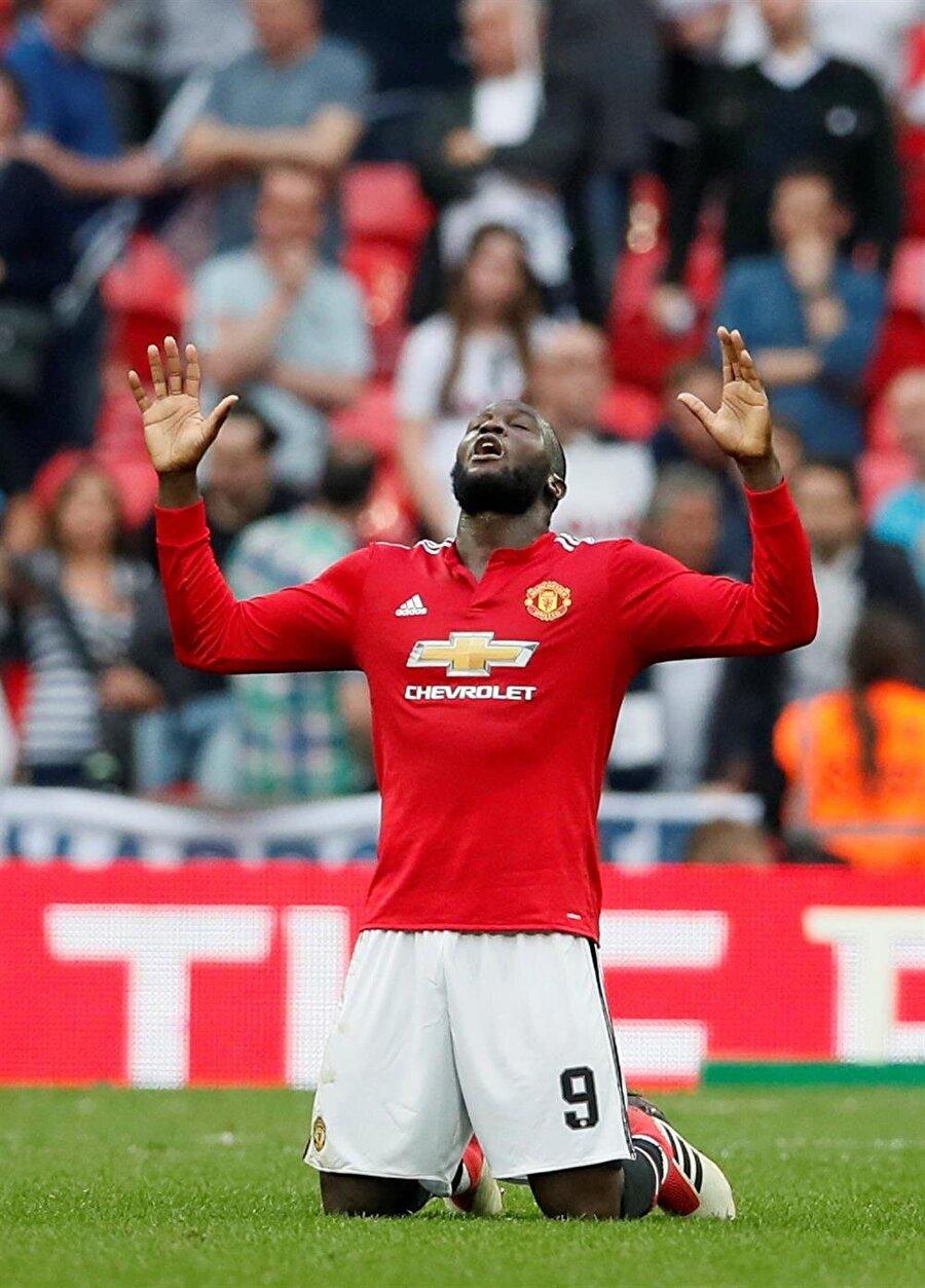 Lukaku kariyerine Manchester United'da devam ediyor.