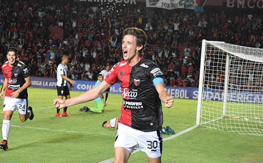 Conti bu sezon çıktığı 23 maçta sahada 2070 dakika kaldı.
