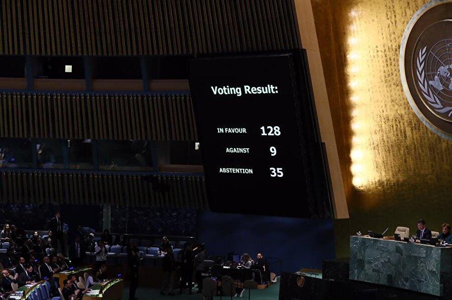 21 Aralık 2017'de BM Genel Kurulu'nda yapılan oylamada ABD'nin Kudüs kararı kınandı. (Abdülhamid Hoşbaş / AA)