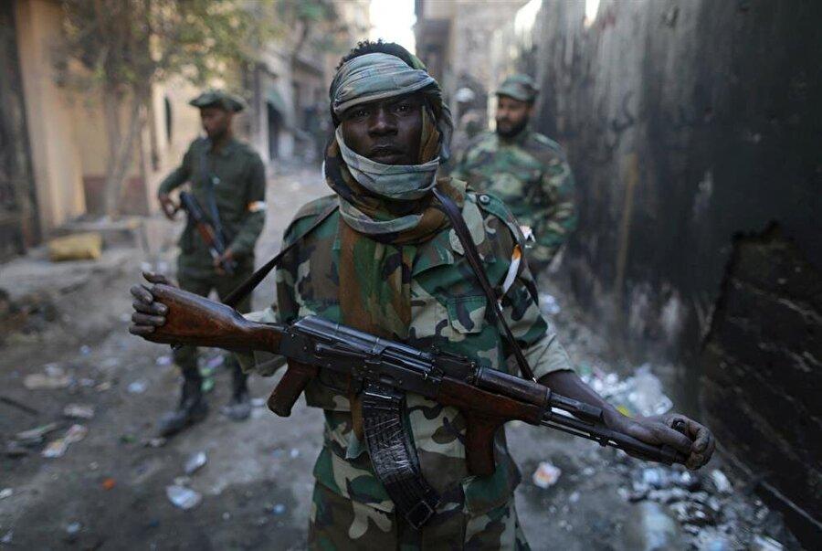 Halife Hafter, Libya Ulusal Ordusu içinden de çok fazla destek buldu. (Esam Omran Al-Fetori / Reuters)