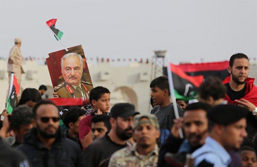 General Halife Hafter, Lİbya'nın doğusunda hakimiyetini sağlamış durumda. (Esam Omran Al-Fetori / Reuters)