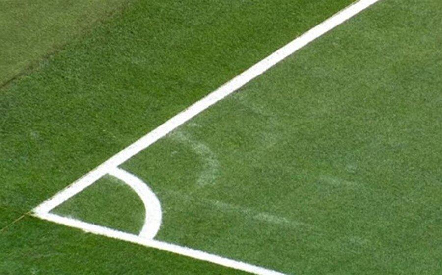 Real Madrid, Wolfsburg karşısında sahanın ölçülerini böyle değiştirmiş ve sahadan 3-0 galip ayrılmıştı.