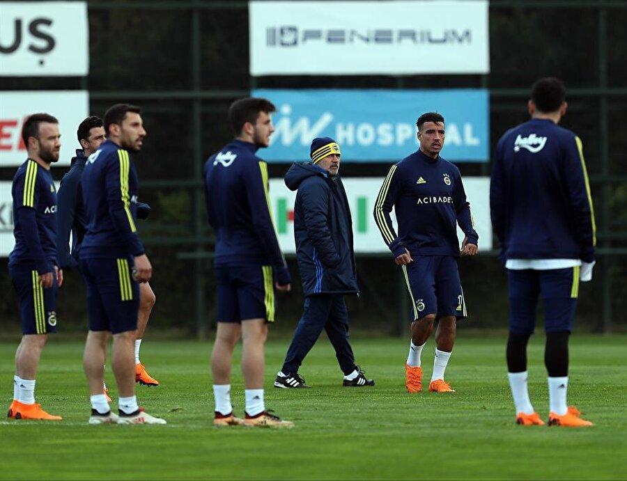 Aykut Kocaman, Galatasaray'ın Akhisar deplasmanından kayıpla döneceğine inanıyor.nFotoğraf: AA