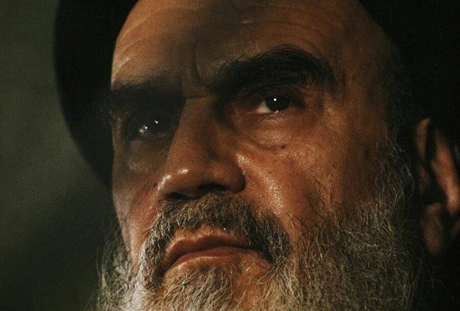 Ayetullah Humeyni.