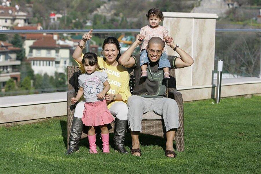 Çiftin çocukları Türkiye aşkıyla büyüdü.