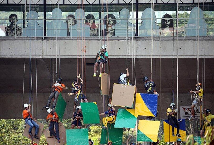 Saatler süren çalışmanın ardından sporcular hedeflerine ulaştı. Fotoğraf: Reuters
