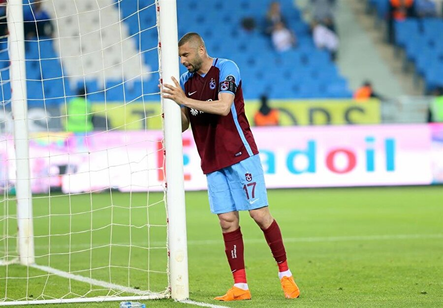 Burak Yılmaz bu sezon 25 maçta 23 gol, 4 asistlik performans sergiledi.