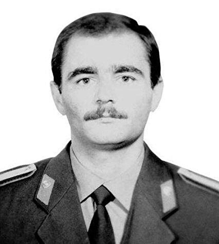 Azerbaycanlıların gönlünde taht kuran kişi, Yuri Kovalyov.