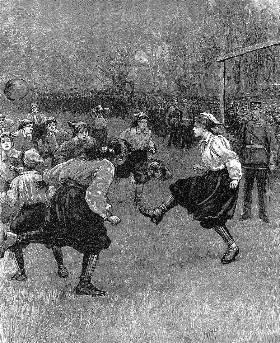Kadın futbolcular tercih yapmak zorunda kaldı.
