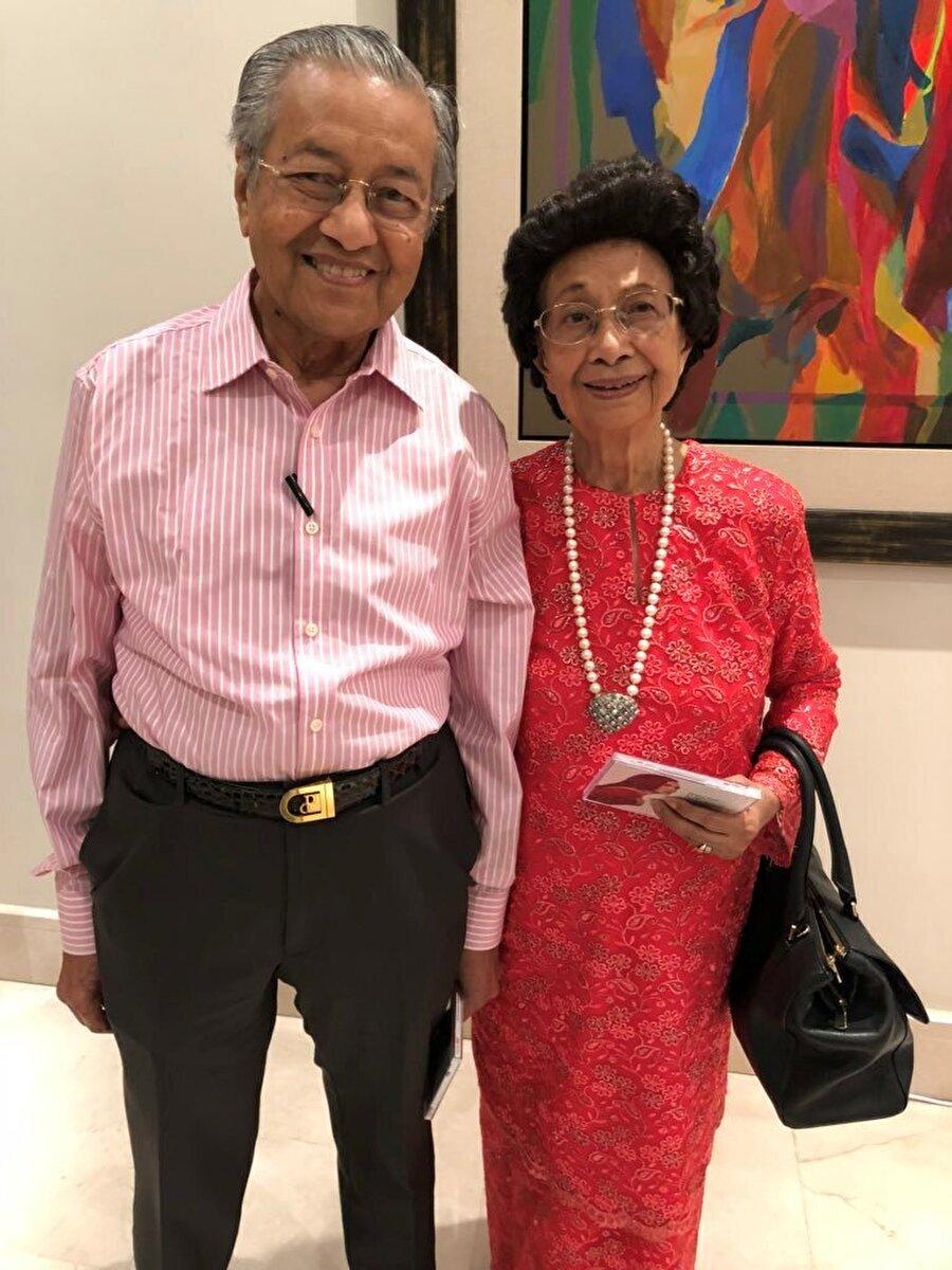 Mahathir Muhammed ve eşi Siti Hasmah Muhammed Ali.