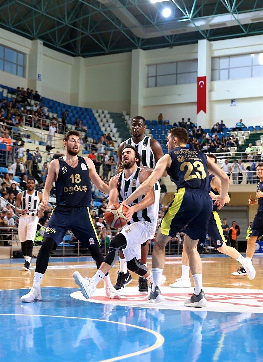 Basketbolda yarı final heyecanı başlıyor.nFotoğraf: AA