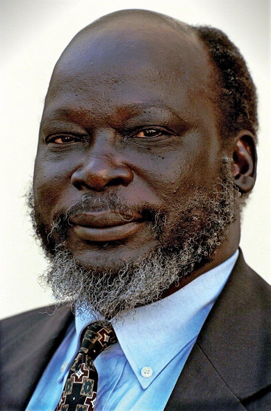 John Garang, 2005'te şüpheli bir helikopter kazasına kurban gitti.