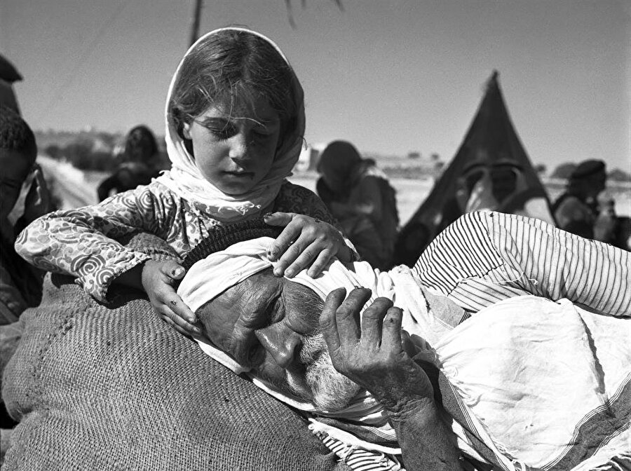İsrail'in bağımsızlık ilan etmesiyle birlikte yüz binlerce Filistinli mülteci konumuna düştüler.