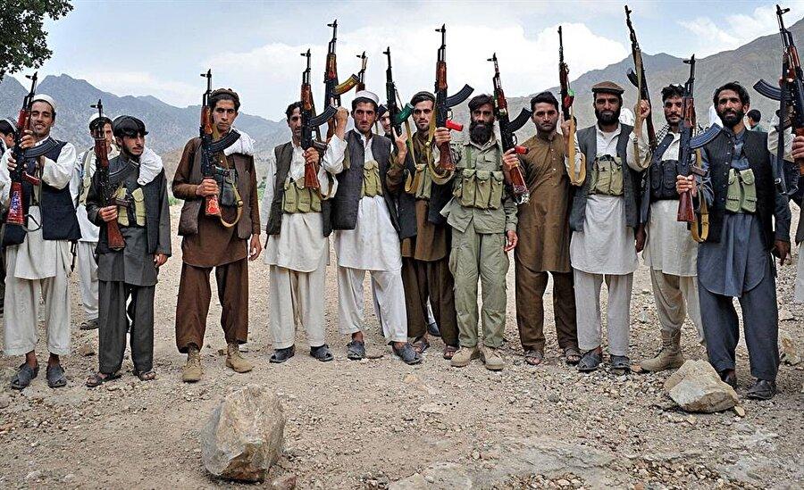 ABD işgalinden sonra güç kaybeden Taliban, birkaç yıllık dinlenişinin ardından tekrar güç kazandı.