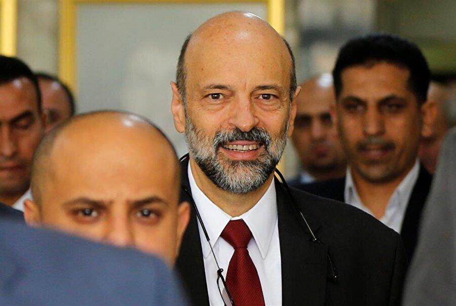 Ömer Razzaz, tepkilerin ardından istifa eden Başbakan Hani Mulki'nin yerine atandı. (Muhammad Hamed / Reuters)