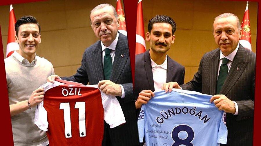 Mesut Özil, İlkay Gündoğan Cumhurbaşkanı Recep Tayyip Erdoğan'a imzalı forma hediye etti.
