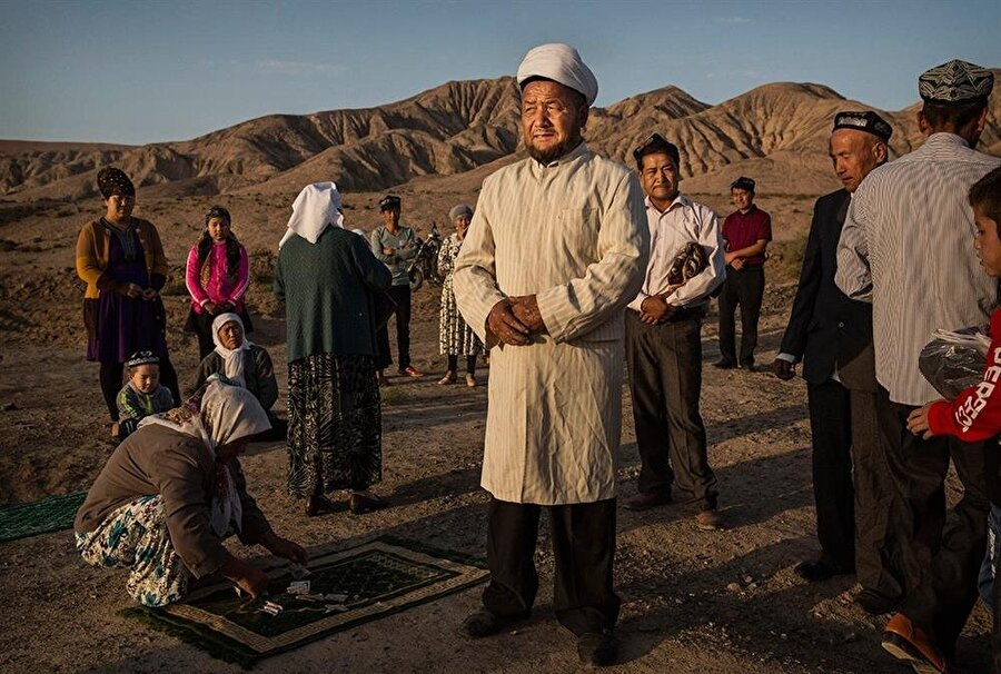 Çin yönetimi, Doğu Türkistan'daki Müslümanların sakal uzunluğuna bile müdahale ediyor.