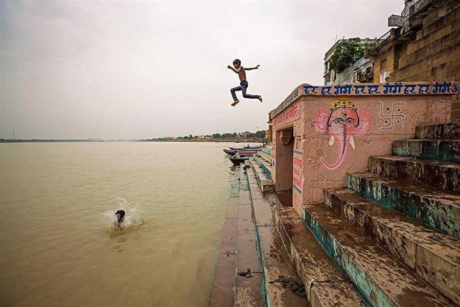 Ganj nehri, Varanasi'deki hayatın belki de en önemli parçası.