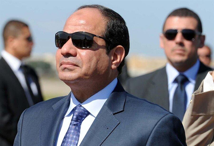Abdulfettah Sisi yönetimi, temel insan haklarını ve özgürlükleri kısıtlamakla eleştiriliyor.
