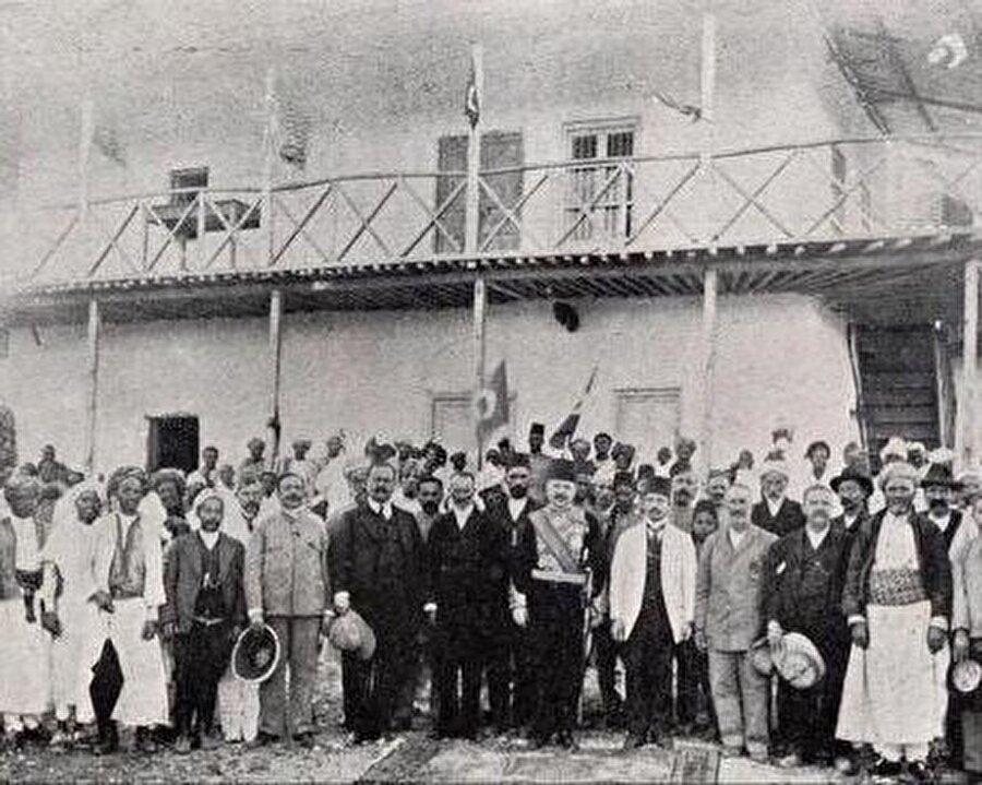 Osmanlı'dan sürgüne gittikten kısa süren sonra Harar'a gelen Vehip Paşa, İtalyanlara karşı unutulmaz bir mücadele vermiş.