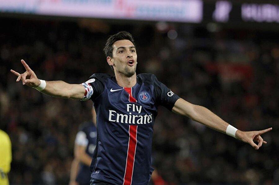 Geçtiğimiz sezon PSG ile 37 maça çıkan Arjantinlinin gönlü Roma'da.