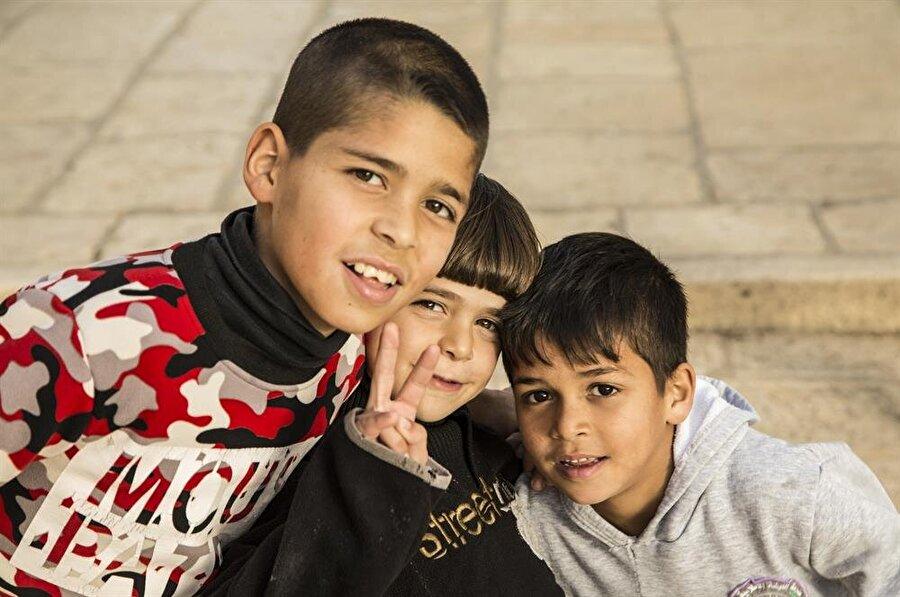 Kudüs'ün çocukları, sizleri güler yüzleri ve sıcakkanlı tavırlarıyla karşılıyor. (Fotoğraf: İsmail Çağılcı)