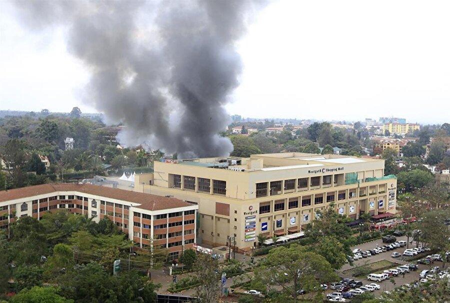 Kenya'nın başkenti Nairobi'deki bir alışveriş merkezine Eş-Şebab tarafından düzenlenen terör saldırısı, örgütün meşruiyetinin halk tarafından sorgulanmasına yol açtı.