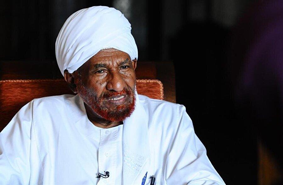 Sadık el-Mehdi Ümmet Partisinin şu anki başkanıdır.