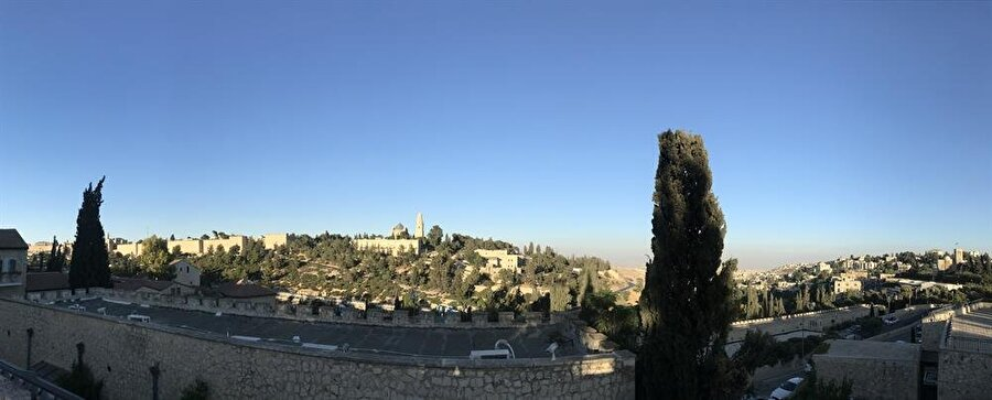 Kudüs surlarının Mişkenot Şaananim'den görünüşü. (Fotoğraf: İbrahim Furkan Özdemir)