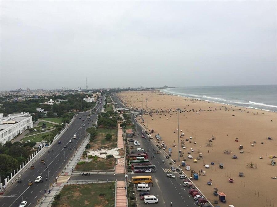 Madras fener kulesinden Marina sahilinin görünümü. (Fotoğraf: Ahmet Sücüllülü)