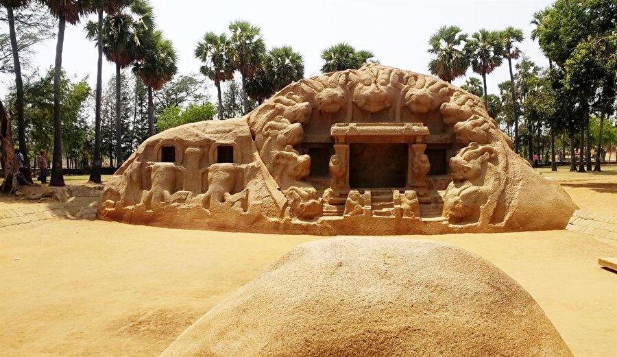 7-8. yüzyılda inşa edildiği düşünülen Kaplan Mağaraları.