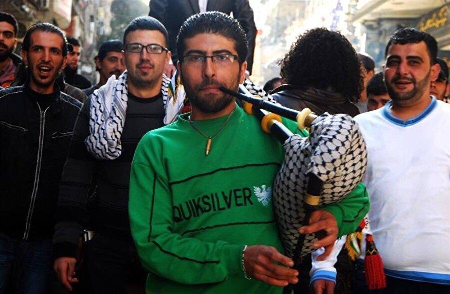 Niraz Said, kuşatma altındaki Yermük'te kaldı ve burada yaşananlara fotoğraf makinesiyle tanıklık etti. (Fotoğraf: Niraz Said)