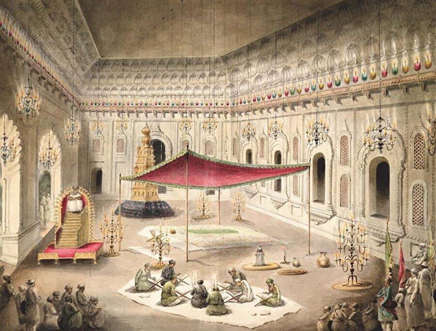 Eski dönemlerde İmambara içindeki bir dinî töreni tasvir eden çizim.