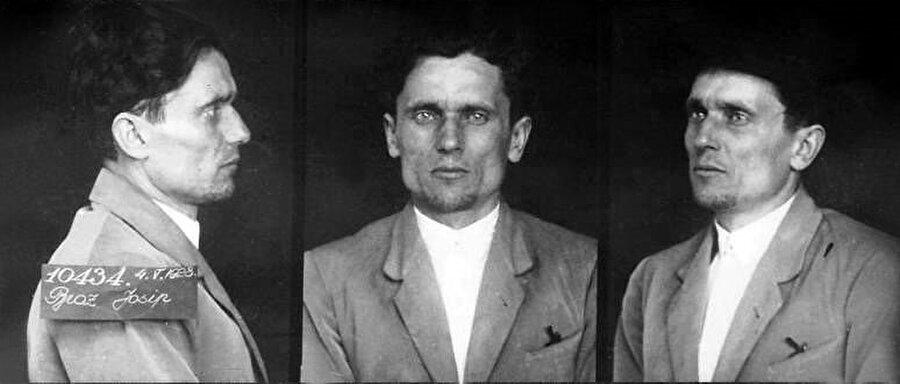 Josip Broz, gençlik yıllarından itibaren siyasi çalışmalara katılmış, hatta hapis yatmıştı.